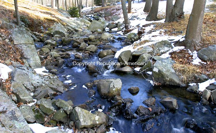MIDDLEBURY, CT. 01 March 2007--02_FEA_030107SV08--Water flows through William H. Bristol park in Middlebury.<br /> Steven Valenti Republican-American