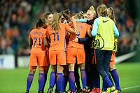 GRONINGEN -  Voetbal, Nederland - Noorwegen, Noordlease stadion, WK kwalificatie vrouwen, 24-10-2017,    nederland viert de 1-0 van Nederland speelster Vivianne Miedema