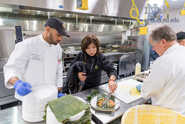 November 9, 2017; Chef Mai Pham plates a lunch in a Corbett Family Hall kitchen. Pham is the chef and owner of Star Ginger restaurant which is one of the eatery options in the new Duncan Student Center. (Photo by Matt Cashore/University of Notre Dame)