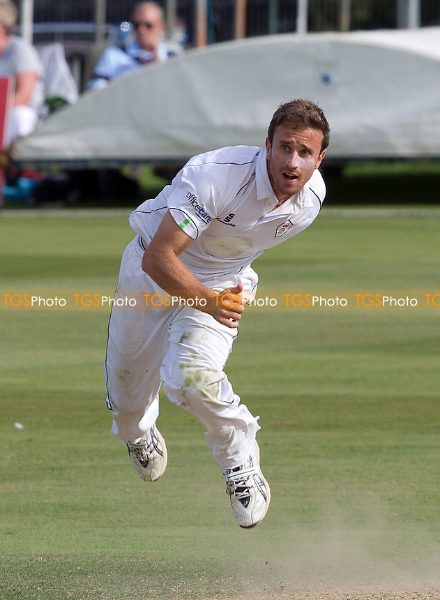 Mark Turner of Derbyshire CCC in action - Kent CCC vs Derbyshire CCC - LV County Championship Division Two Cricket at the St Lawrence Ground, Canterbury - 06/09/12 - MANDATORY CREDIT: Ray Lawrence/TGSPHOTO - Self billing applies where appropriate - 0845 094 6026 - contact@tgsphoto.co.uk - NO UNPAID USE.