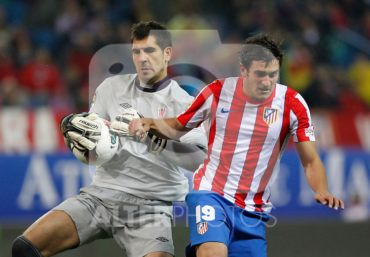 Madrid 21/03/2012.- Estadio Vicente Calderon..Liga BBVA..Atco.Madrid - Athletic Club.Iraizoz, Koke...©Alex Cid-Fuentes/ALFAQUI FOTOGRAFIA.........