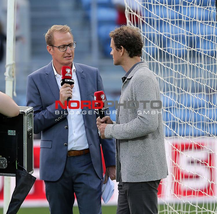 EM 2015 Qualifikationsspiel, Gibraltar vs. Deutschland<br /> Florian K&ouml;nig (RTL), Jens Lehmann (RTL Experte)<br /> <br /> <br /> Foto &copy; nordphoto /  Bratic