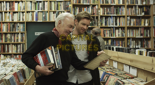 CHRISTOPHER PLUMMER & EWAN MCGREGOR.in Beginners.*Filmstill - Editorial Use Only*.CAP/FB.Supplied by Capital Pictures.