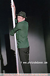 Le ficus (solo / création 2007) : avec Dominique Boivin ; voix : Juliette Gréco..Lumière : Eric Lamy ; Image : Joël Calmettes ; Vidéo : José-Martin Zayas ; Régie son : François Caffenne ; Bande son : Jean-Marc Toillon, Catherine Le Hir..Coproduction : Beau Geste ; ville de Val-de-Reuil ; la Comédie de Clermont-Ferrand ? scène nationale ; le MC2, maison de la Culture de Grenoble ; la Ferme du Buisson ? scène nationale de Marne-la-Vallée ; le Théâtre de Chartres..Avec le soutien du Manège ? scène nationale de Reims et avec l?aide de la Fondation Beaumarchais..La compagnie Beau Geste est subventionnée par la Drac Haute-Normandie ? ministère de la Culture et de la Communication ; la Région Haute-Normandie ; le Département de l?Eure ; la ville de Val-de-Reuil.