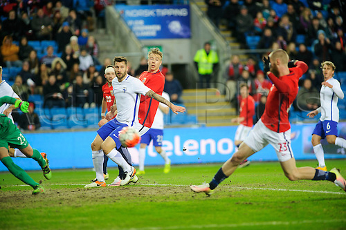 29.03.2016 Ullevaal Stadion, Oslo, Norway. International football freindly, Norway versus Finland. Alexander Toft Soderlund set up by Jo Inge Berget to score the goal for 1-0