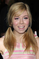 HOLLYWOOD, CA - FEBRUARY 6: Jennette McCurdy at the Los Angeles premiere of Warner Bros. Pictures' 'Beautiful Creatures' at TCL Chinese Theatre on February 6, 2013 in Hollywood, California. Credit: mpi29/MediaPunch Inc. /NortePhoto