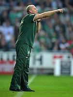 FUSSBALL   1. BUNDESLIGA   SAISON 2011/2012    7. SPIELTAG SV Werder Bremen - Hertha BSC Berlin                   25.09.2011 Trainer Thomas SCHAAF (SV Werder Bremen) engagiert an der Seitenlinie