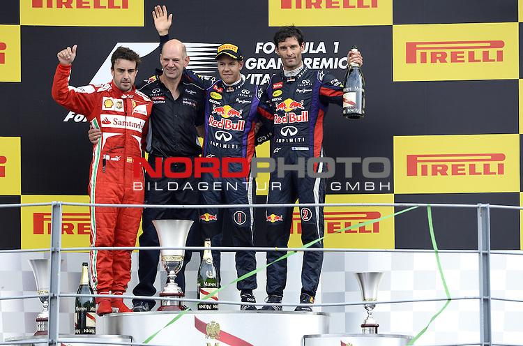 05.-08.09.2011, Autodromo Nationale, Monza, ITA, F1, Grosser Preis von Italien, Monza, im Bild Podium - Adrian Newey (GBR), Red Bull Racing (ex. McLaren), Technical Operations Director - Fernando Alonso (ESP),  Scuderia Ferrari - Sebastian Vettel (GER), Red Bull Racing - Mark Webber (AUS), Red Bull Racing <br />  Foto &copy; nph / Mathis