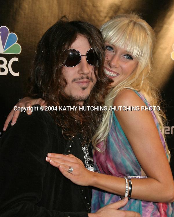 ©2004 KATHY HUTCHINS /HUTCHINS PHOTO.RADIO MUSIC AWARDS 2004.LAS VEGAS, CA.OCTOBER 25, 2004..SISCO ADLER.KIMBERLY STEWART..ENGAGED