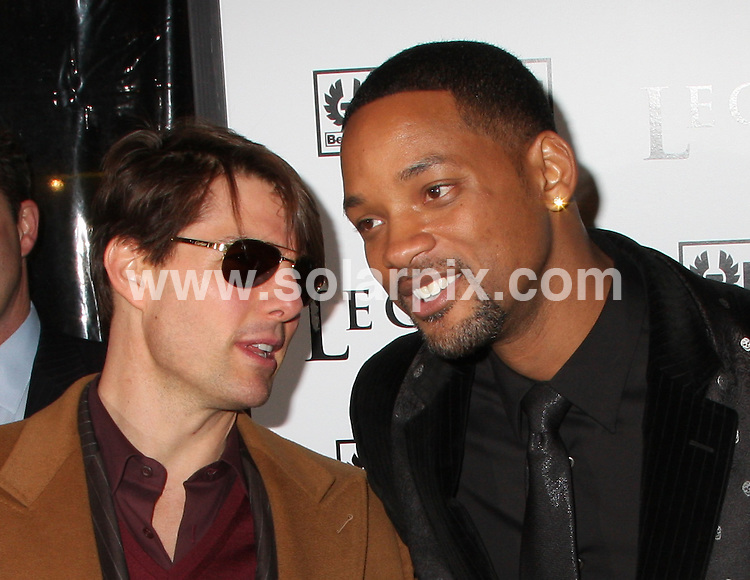 **ALL ROUND PICTURES FROM SOLARPIX.COM**.**SYNDICATION RIGHTS FOR UK, SPAIN, PORTUGAL, AUSTRALIA, S.AFRICA & DUBAI (U.A.E) ONLY**.The Premier Of I Am Legend in the WaMu Theatre at Madison Square Garden in New York in the USA..This pic:TOM CRUISE,WILL SMITH.JOB REF:5489-PHZ    DATE:11_12_07 .**MUST CREDIT SOLARPIX.COM OR DOUBLE FEE WILL BE CHARGED* *UNDER NO CIRCUMSTANCES IS THIS IMAGE TO BE REPRODUCED FOR ANY ONLINE EDITION WITHOUT PRIOR PERMISSION*
