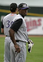 July 25, 2004:  Kenny Kelly of the Louisville Bats, Triple-A International League affiliate of the Cincinnati Reds, during a game at Frontier Field in Rochester, NY.  Photo by:  Mike Janes/Four Seam Images