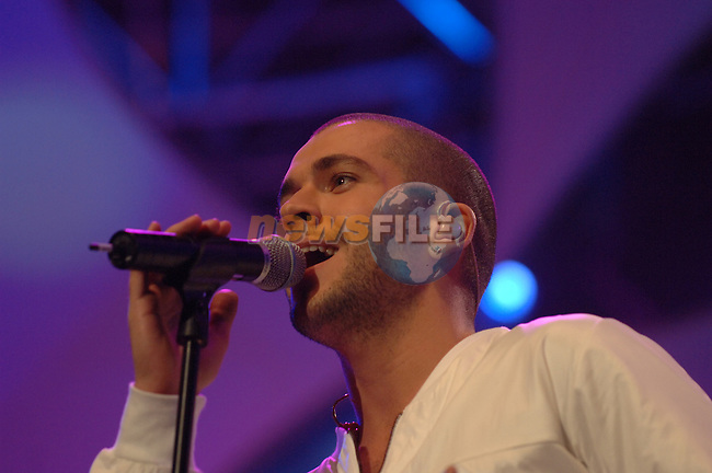 Shayne Ward on stage at the 2007 Childline Concert in the Point Depot in Dublin....Photo NEWSFILE/Colin Bell.(Photo credit should read Colin Bell/NEWSFILE)....This Picture has been sent you under the condtions enclosed by:.Newsfile Ltd..The Studio,.Millmount Abbey,.Drogheda,.Co Meath..Ireland..Tel: +353(0)41-9871240.Fax: +353(0)41-9871260.GSM: +353(0)86-2500958.email: pictures@newsfile.ie.www.newsfile.ie.FTP: 193.120.102.198.