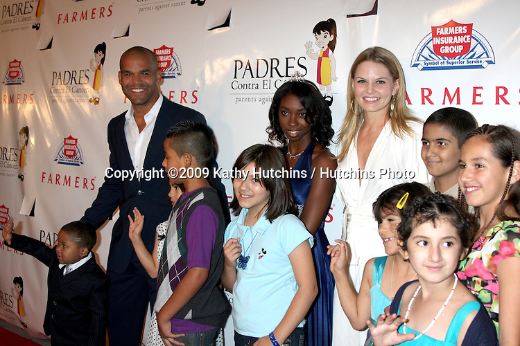 Amaury Nolasco & Jennifer Morrison & Cancer Kids arriving at the PADRES Contra El Cancer 9th Annual Gala, at the Hollywood Palladium in Los Angeles, CA on September 10, 2009.©2009 Kathy Hutchins / Hutchins Photo.