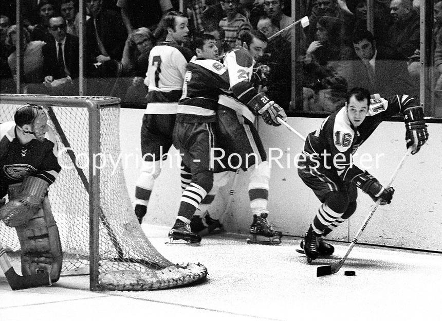 Seals John Brenneman ..(1969 photo/Ron Riesterer)
