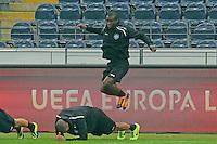 Constant Djakpa und Bamba Anderson (Eintracht) - Eintracht Europa League Training