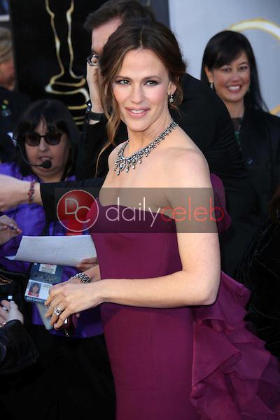 Jennifer Garner<br /> at the 85th Annual Academy Awards Arrivals, Dolby Theater, Hollywood, CA 02-24-13<br /> David Edwards/DailyCeleb.com 818-249-4998