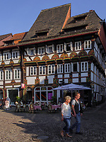 Marktplatz, Blick auf Häuser Lange Brücke 6 - 4, Einbeck, Niedersachsen, Deutschland, Europa<br /> Market place and houses Lange Brücke 6-4, Einbeck, Lower Saxony, Germany, Europe