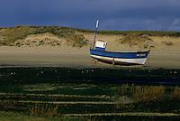 Europe/France/Bretagne/29/Finistère/Côte du Léon/Anse de Kernic : Bateau de pêche