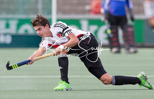 AMSTELVEEN - Johannes Mooij (A'dam)  tijdens   de competitiewedstrijd tussen de heren van Amsterdam en Den Bosch (6-3).  COPYRIGHT KOEN SUYK