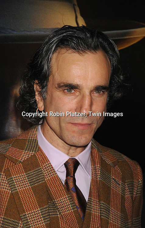 "Daniel Day-Lewis.arriving at the New York Premiere of ""There Will Be Blood"".on December 10, 2007 at The Ziegfeld Theatre in New York. Paul Thomas Anderson directed the movie which .stars Daniel Day-Lewis. .Robin Platzer, Twin Images"