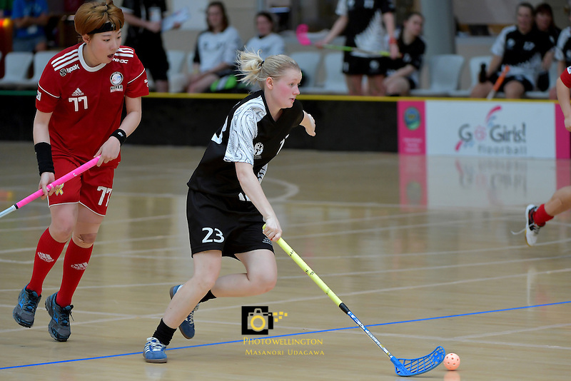 New Zealand's Emma Molander in action during the World Floorball Championships 2017 Qualification for Asia Oceania Region - New Zealand v Korea at ASB Sports Centre , Wellington, New Zealand on Sunday 5 February 2017.<br /> Photo by Masanori Udagawa<br /> www.photowellington.photoshelter.com.