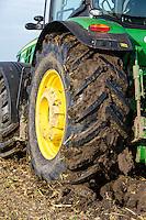 John Deere ploughing ex sugar beet land - Lincolnshire, October