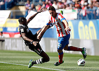 Atletico's Koke and Granada's Brahimi during La Liga BBVA match. April 14, 2013.(ALTERPHOTOS/Alconada)