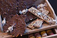 Europe/France/Rhône-Alpes/73/Savoie/Vallée de Belleville/Les Ménuires: Nougat de Montélimar, chocolat et macarons chez Escobar, Galerie la Croisette