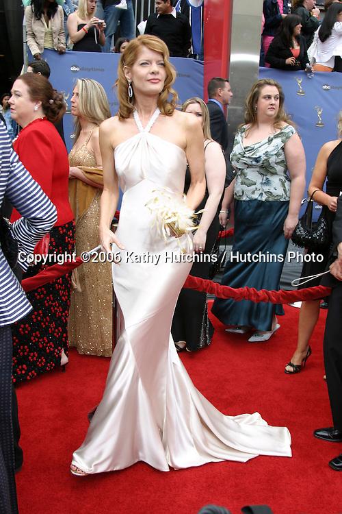 Michelle Stafford.33rd Daytime Emmy Awards.Kodak Theater.Hollywood & Highland.Los Angeles, CA.April 28, 2006.©2006 Kathy Hutchins / Hutchins Photo..