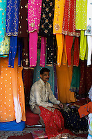 Central Mumbai shopping for new traditional Indian clothing, Mumbai, India