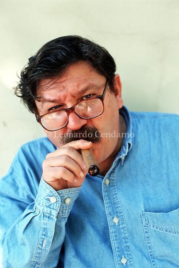2000: PACO IGNACIO TAIBO II, WRITER © Leonardo Cendamo