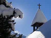 CHE, Schweiz, Kanton Bern, Berner Oberland, Muerren: Glockenturm der katholischen Kirche   CHE, Switzerland, Canton Bern, Bernese Oberland, Muerren: bell tower of catholic church
