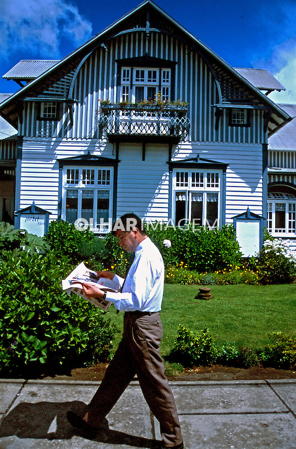 Casas em Puerto Varas. Chile. 2000. Foto de Vinicius Romanini.