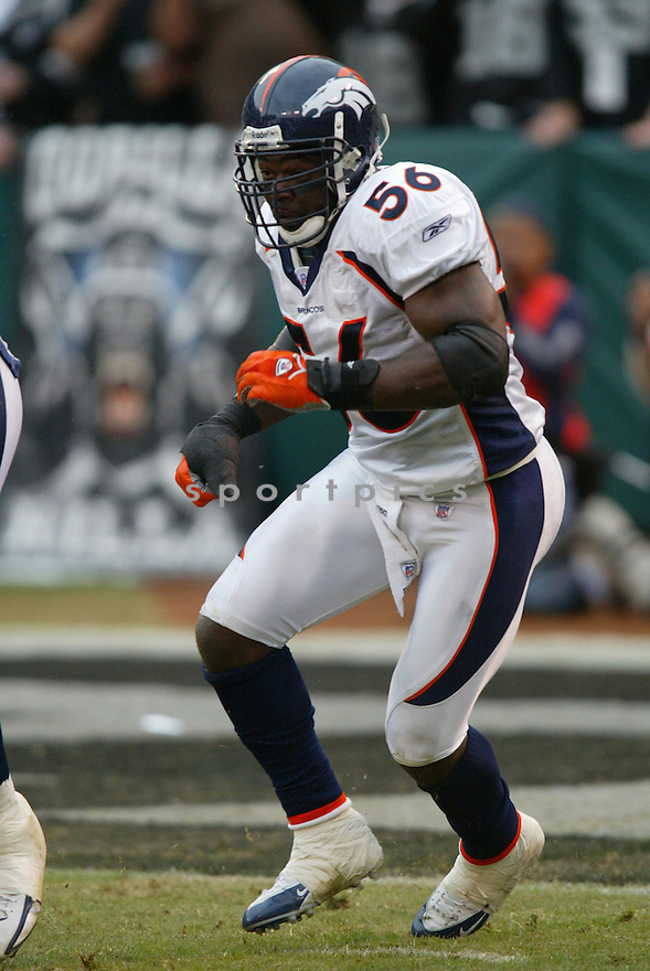 AL WILSON, of the Denver BroncosOakland Raiders in action against the Oakland Raiders  on November 12, 2006, in Oakland, CA ..Broncos win 17-13..Rob Holt / SportPics
