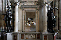 Virtues and gisants of Henry II (1519 - 1559) and Catherine de' Medici (1519 - 1589), Funerary monument, created by Francesco Primaticcio who appointed Germain Pilon as sculptor, commissionned by Catherine de' Medici at the death of Henry II, completed in 1570, Abbey church of Saint Denis, Seine Saint Denis, France. Picture by Manuel Cohen