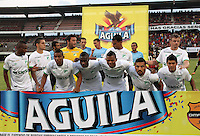 CUCUTA - COLOMBIA -08 -03-2015: Los jugadores de Deportivo Cali posan para una foto durante partido entre Cucuta Deportivo y Deportivo Cali por la fecha 8 de la Liga Aguila I-2015, jugado en el estadio General Santander de la ciudad de Cucuta.  / The players of Deportivo Cali pose for a photo during a match between Cucuta Deportivo and Deportivo Cali Fe for the date 8 of the Liga Aguila I-2015 at General Santander Stadium in Cucuta city, Photo: VizzorImage / Manuel Hernandez / Str.
