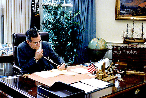 Washington, D.C. - February 22, 1991 -- United States President George H.W. Bush speaks with President Mikhail Gorbachev of the Union of Soviet Socialist Republics (U.S.S.R.) concerning the Persian Gulf situation on February 22, 1991..Credit: Susan Biddle - White House via CNP