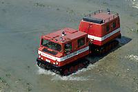 """- tracked high mobility vehicle Hagglund BV 206 of the National Fire Departments<br /> <br /> - veicolo cingolato ad alta mobilità Hagglund """"BV 206"""" dei Vigili del Fuoco"""