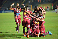 IBAGUE - COLOMBIA, 20-05-2018: Yohandry Orozco jugador del Deportes Tolima  celebra su gol contra el Once Caldas durante partido de vuelta por los cuartos de final de la Liga Águila I 2018 jugado en el estadio Manuel Murillo Toro de la ciudad de Ibagué. / Yohandry Orozco player of Deportes Tolima celebrates his goal agaisnt of Once Caldas  during second leg match for the quarterfinals of the Aguila League I 2018 played at Manuel Murillo Toro in Ibague city. VizzorImage / Juan Carlos Escobar / Cont