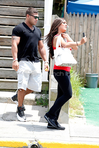 Ronnie and Sammi pictured leaving the Shore house during filming of The Jersey Shore Show season six in Seaside Heights, New Jersey on July 3, 2012  © Star Shooter / MediaPunchInc