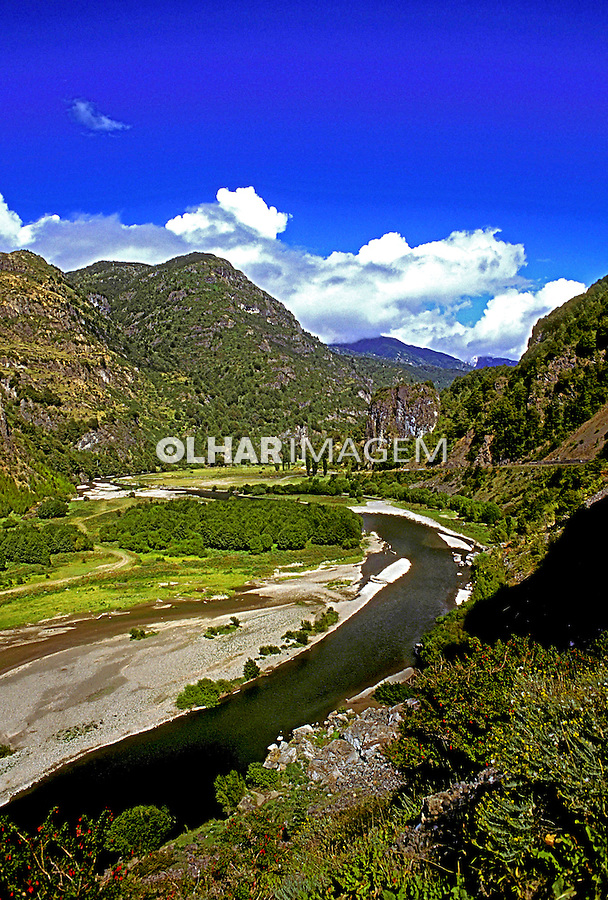 Rio Simpson na Patagônia chilena. Chile. 1996. Foto de Salomon Cytrynowicz.