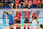 20.12.2017, Margon-Arena, Dresden, GER, DVV-Pokal Damen Halbfinale, Dresdner SC vs. SSC Palmberg Schwerin, im Bild<br /> <br /> <br /> Greta Szakmary (#1, SSC Palmberg Schwerin), Katharina Schwabe (#16, Dresdner SC), Sasa Planinsec (#18, Dresdner SC),<br /> <br /> Foto &copy; nordphoto / Dostmann