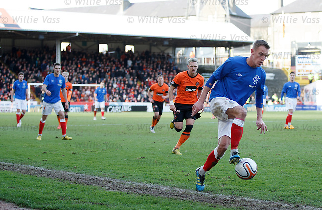Dean Shiels just keeps the ball in play