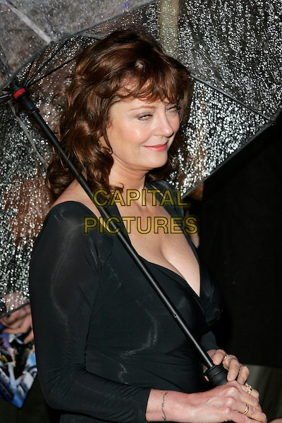 "SUSAN SARANDON.Arriving at the ""Speed Racer"" UK film premiere, Empire Leicester Square, London, England..April 28th 2008.half length black dress umbrella funny face blinking .CAP/AH.©Adam Houghton/Capital Pictures."