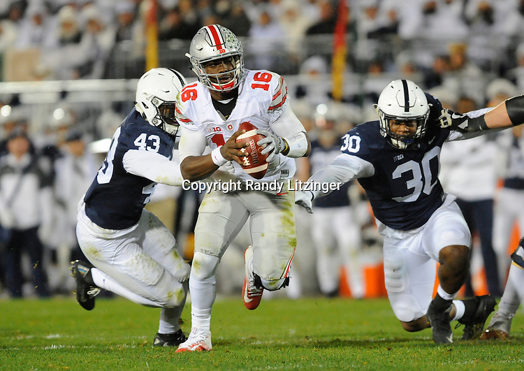 22 October 2016:  The Penn State Nittany Lions upset the #2 ranked Ohio State Buckeyes 24-21 at Beaver Stadium in State College, PA. (Photo by Randy Litzinger/Icon Sportswire)
