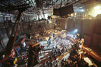 INDIEN Bombay , Bollywood Filmproduktion Rishtey mit Filmstar Anil Kapoor und Karishma Kapoor in Filmstudio Filmalaya / INDIA Mumbai Bombay, Bollywood, film set for Rishtey with movie star Anil Kapoor und actress Karishma Kapoor in Filmalaya studio