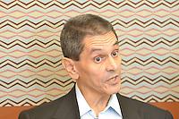 RIO DE JANEIRO, RJ, 05 AGOSTO 2012 -ROBERTO JEFFERSON-ALTA HOSPITALAR- Roberto Jefferson, Presidente Nacional do PTB e um dos reus do mensalao, recebe alta do hospital Samaritano neste domingo, 05 de agosto, em Botafogo, zona sul do rio.(FOTO: MARCELO FONSECA / BRAZIL PHOTO PRESS).