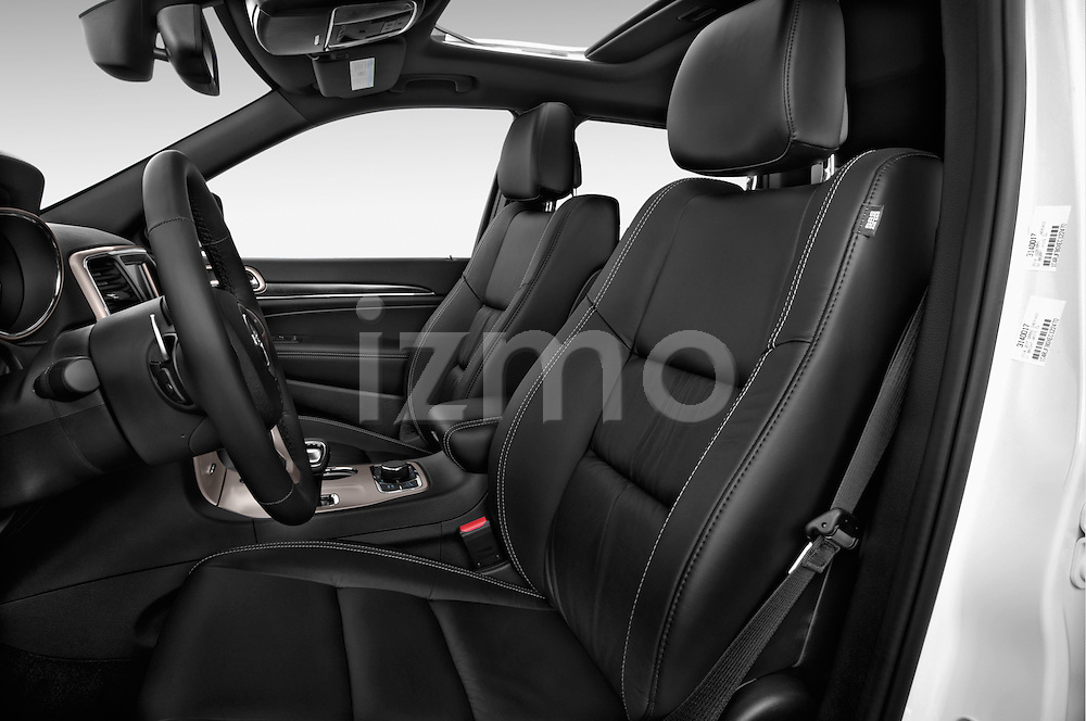 Front seat view of a 2015 JEEP GRAND CHEROKEE Limited 5 Door SUV 4WD Front Seat car photos
