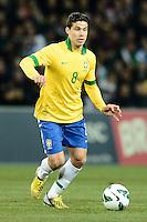 GENEBRA, SUICA, 21 DE MARCO DE 2013 - Hernanes jogador da Selacao brasileira durante partida amistosa contra a Itália, disputada em Genebra, na Suíça, nesta quinta-feira, 21. O jogo terminou 2 a 2. FOTO: PIXATHLON / BRAZIL PHOTO PRESS