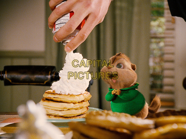 THEODORE (voiced by Jesse McCartney)er).in Alvin and the Chipmunks.*Filmstill - Editorial Use Only*.CAP/FB.Supplied by Capital Pictures.